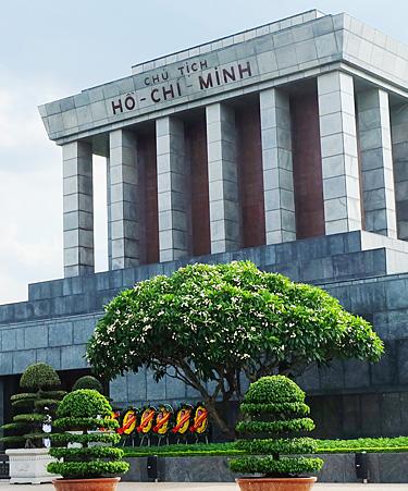 Ho-Chi-Minh-01