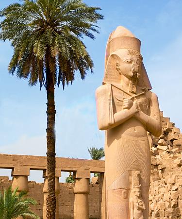 Luxor-01