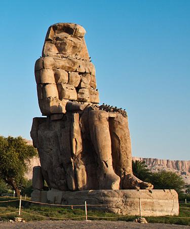 Luxor-02