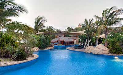 Jumeirah beach hotel dubai travel trolley - Jumeirah beach hotel swimming pool ...